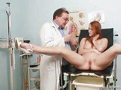 Ez egy klip az orosz diákok igazi anya fia szex normalizálásáról. Az ember rossz hangulatban ébred fel, de egy gyönyörű lány egyetlen levetkőzése azonnal javítja nemcsak a hangulatot, hanem szeretkezni is.