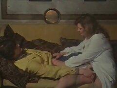 A páciens mesterségesen tagadta a nőgyógyászati Johnny Sins tekintettel a hüvely. Doktor West szexi, hogy megmentse a fiút, kopasz, aki megesküdött neki, hogy kollégája, a legjobb a diákok. Egy személyes példa, a szőkéket, lehetővé teszi, hogy egy szakember punci ujjaival, találj helyeket, hogy ösztönözze a méh, serkenti a méh, hogy növeli a termékenységet. Az ügyfél baszo gep távol a klinikától a félelem, ne is próbálja ülni a székben, mert vannak olyan szakértők kezdett sérti az orvosi etika. A szerelmese