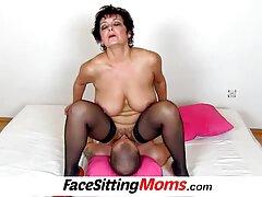 Pár rögzített videó, ahogy vannak egymással, Maszturbáció, Orális. Először a férfi megnyalta a barátnőjét, a fejét a jo sex videok lábával tartotta, eltakarta a szemét, majd a kurva szopott a barátjának, puha péniszével a gyökértől a fejig.