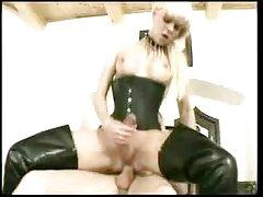 Gyönyörű orosz ribanc Sandra adja magát az embereknek, beleegyezett, pornofimek hogy lőni az edzőteremben